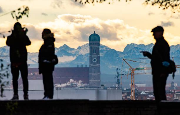 DEU: Foehn-Effect In Bavaria
