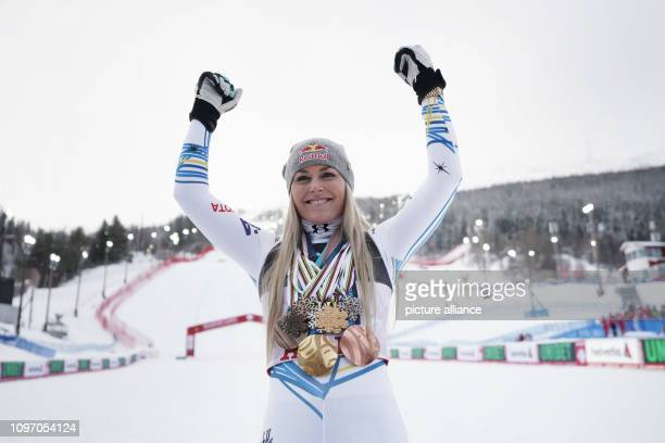 Alpine skiing world championship downhill ladies Lindsey Vonn from the USA with all the medals she has won in her career Photo Michael Kappeler/dpa