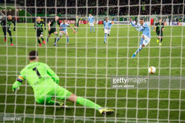 Dpatop - 20 February 2020, Lower Saxony, Wolfsburg: Football: Europa League, VfL Wolfsburg - Malmö FF, knockout round, intermediate round, first leg...