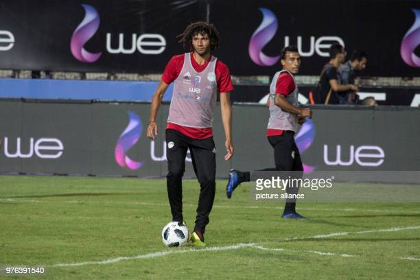 dpatop Egypt's Mohamed Elneny in action during a training session for Egypt's National soccer team in preparation for the 2018 World Cup in Russia at...