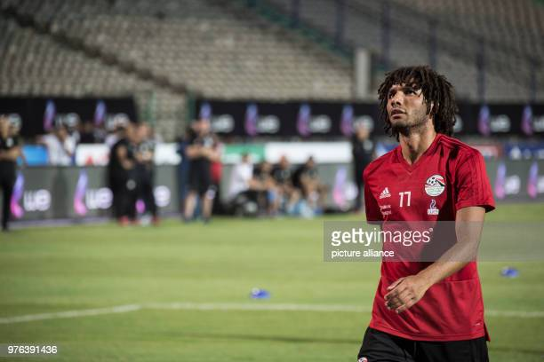 dpatop Egypt's Mohamed Elneny takes part in a training session for Egypt's National soccer team in preparation for the 2018 World Cup in Russia at...