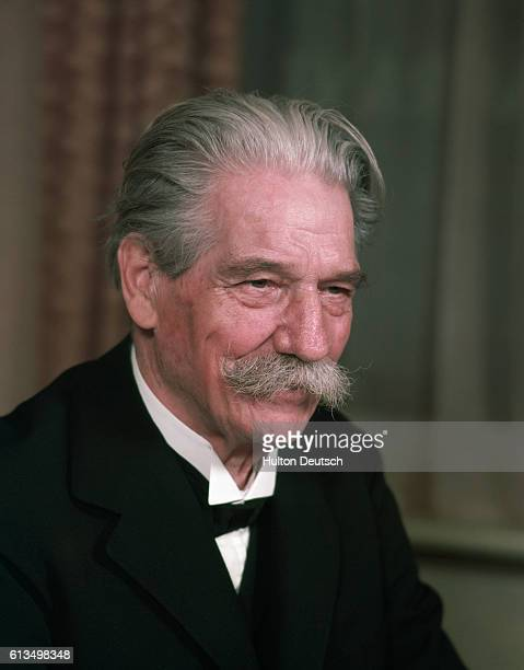 Dr Albert Schweitzer the Alsation medical missionary and threologian 1955