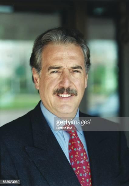 Dr Andrés Pastrana Vorsitzender der kolumbianischen NFD Nueva Fuerza Democraticia und Präsidentschaftskandidat Kolumbiens