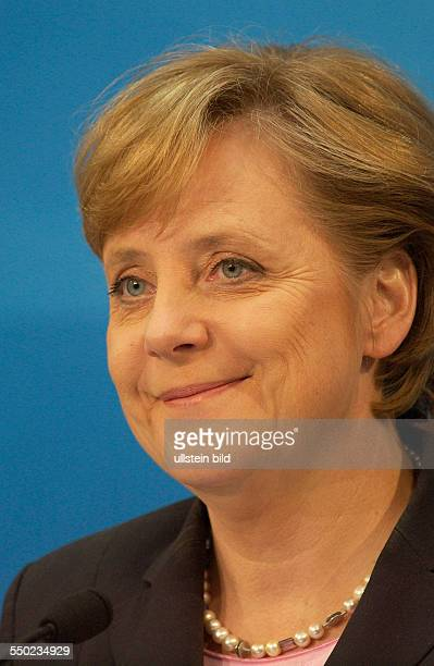 Dr Angela Merkel während einer Pressekonferenz in Berlin