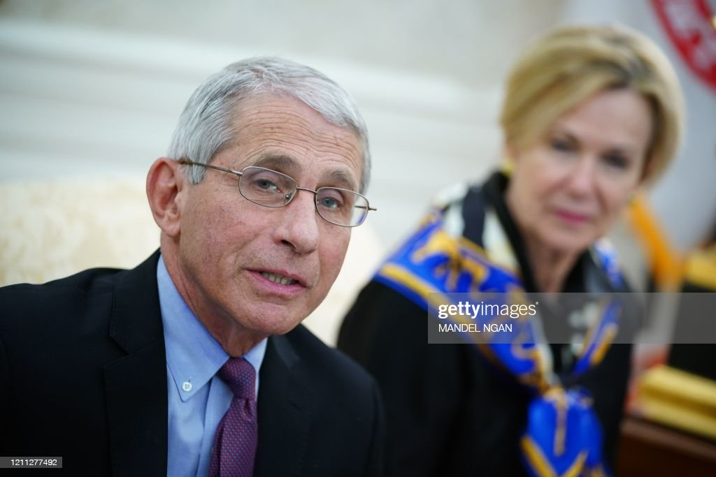US-POLITICS-HEALTH-VIRUS-TRUMP-EDWARDS : News Photo
