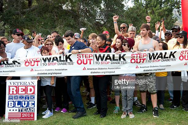 Dr Bruce Hensel and actors Jacob Hopkins Jillian Rose Reed and Robbie Tucker attend the American Diabetes Association Los Angeles' Step Out Walk at...