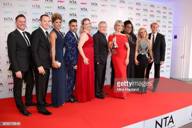 Dr Chris Steele Ruth Langsford Alison Hammond and presenters poses with their award for Best Daytime for 'This Morning' at the National Television...