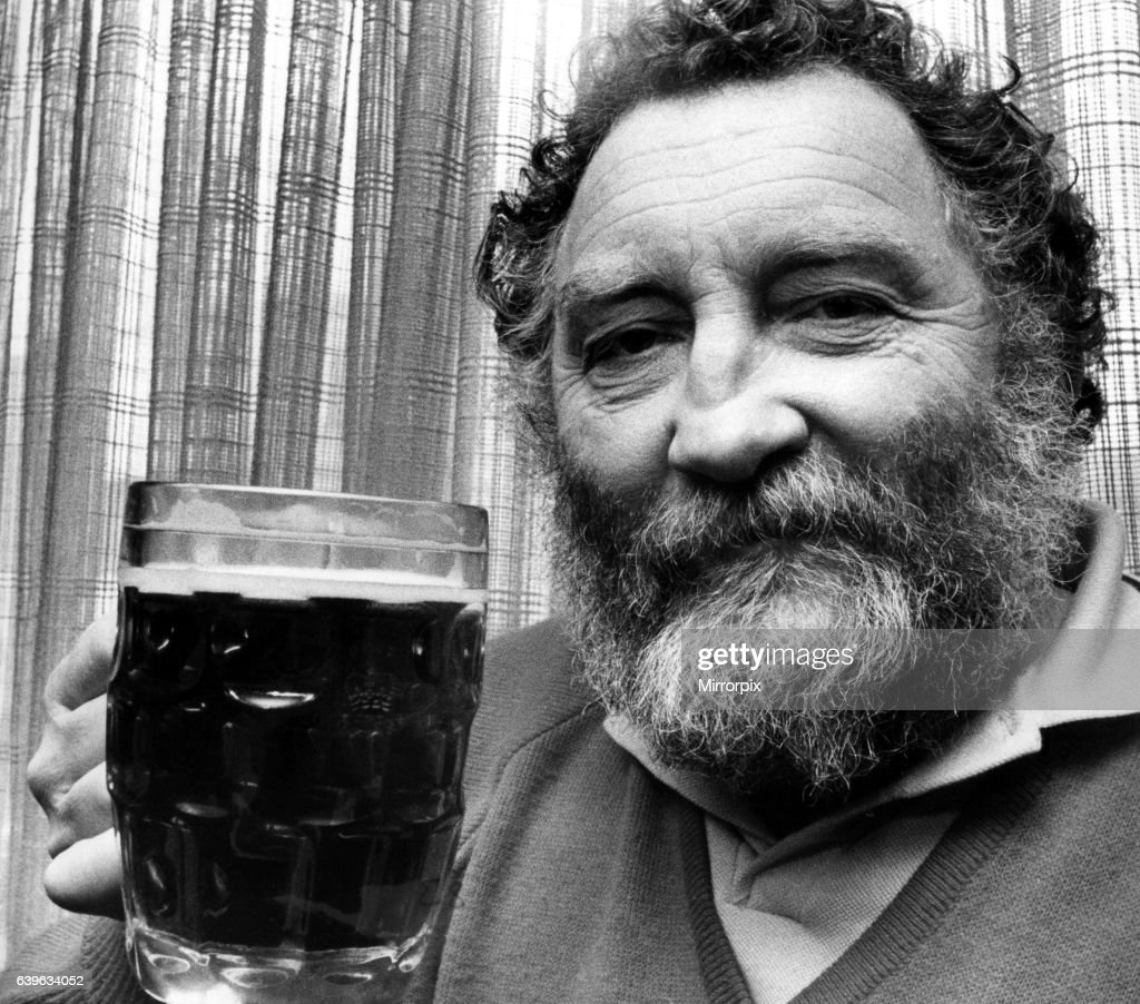 Dr David Bellamy with a pint of beer on 20th February 1981 : News Photo
