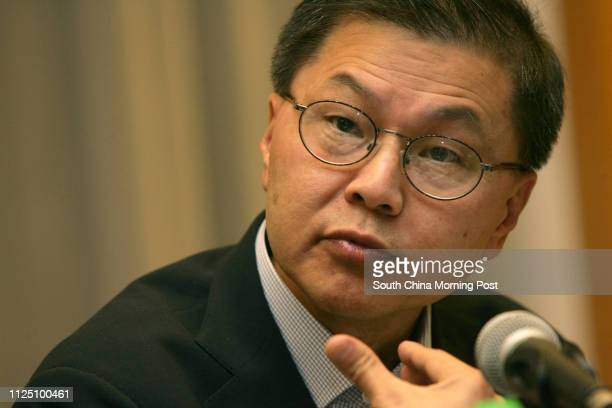 Dr David Ho Tayi Scientific Director and CEO of Aaron Diamond AIDS research Center attend HKU's strategic direction in the fight against the global...