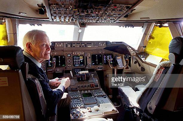 Dr David Warren inventor of the Black Box flight recorder in the cockpit of a Boeing 747 26 August 1998 THE AGE Picture by JOHN WOUDSTRA