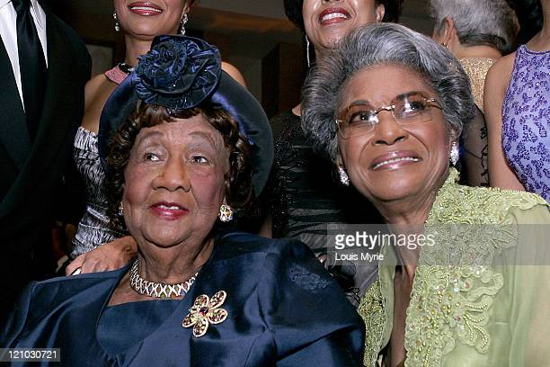 Dr Dorothy Height president of NCNW and Nancy Wilson honoree