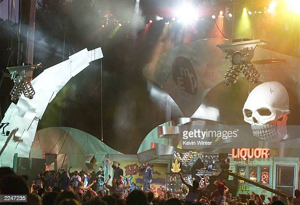 Dr Dre and Snoop Dogg performed live at Memorial Stadium in Seattle Wash to celebrate the opening of Experience Music Project an interactive music...
