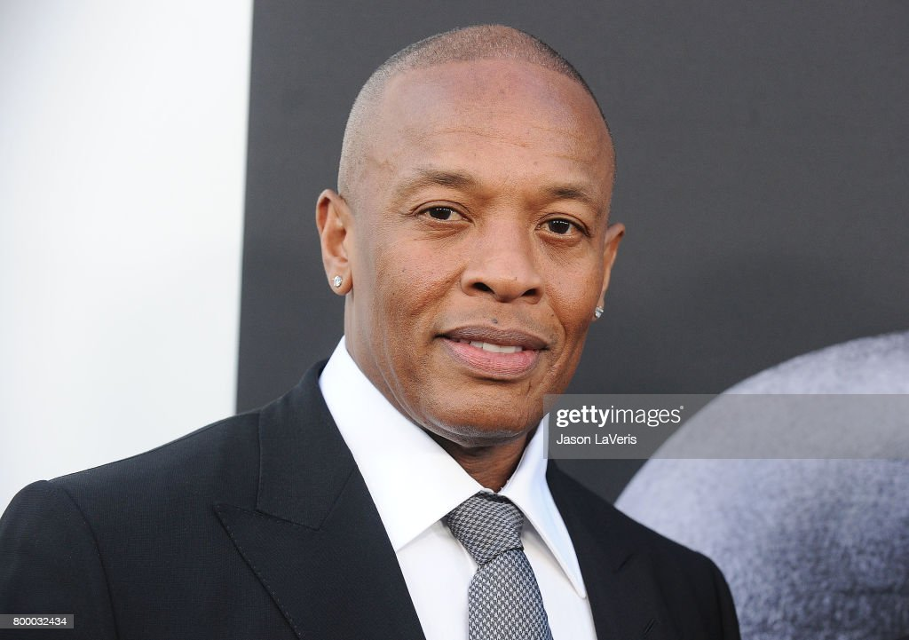 """Premiere Of HBO's """"The Defiant Ones"""" - Arrivals : News Photo"""
