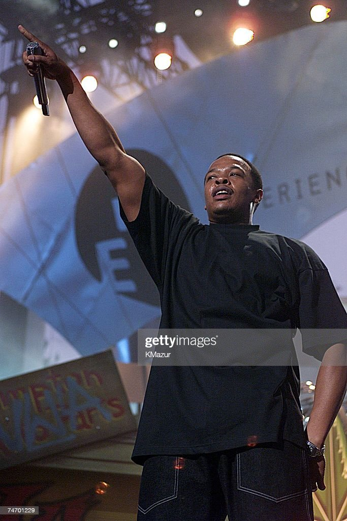 Dr. Dre during Opening Gala of the 'Experience Music Project' at the EMP00_Al Hendrix1 in Seattle, WA.