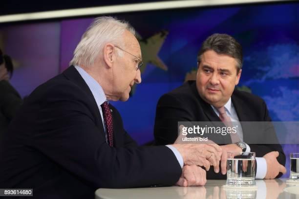 Dr Edmund Stoiber mit Sigmar Gabriel in der ZDFTalkshow maybrit illner am in Berlin Koalition der Wenigen Wer steht noch zu Merkel