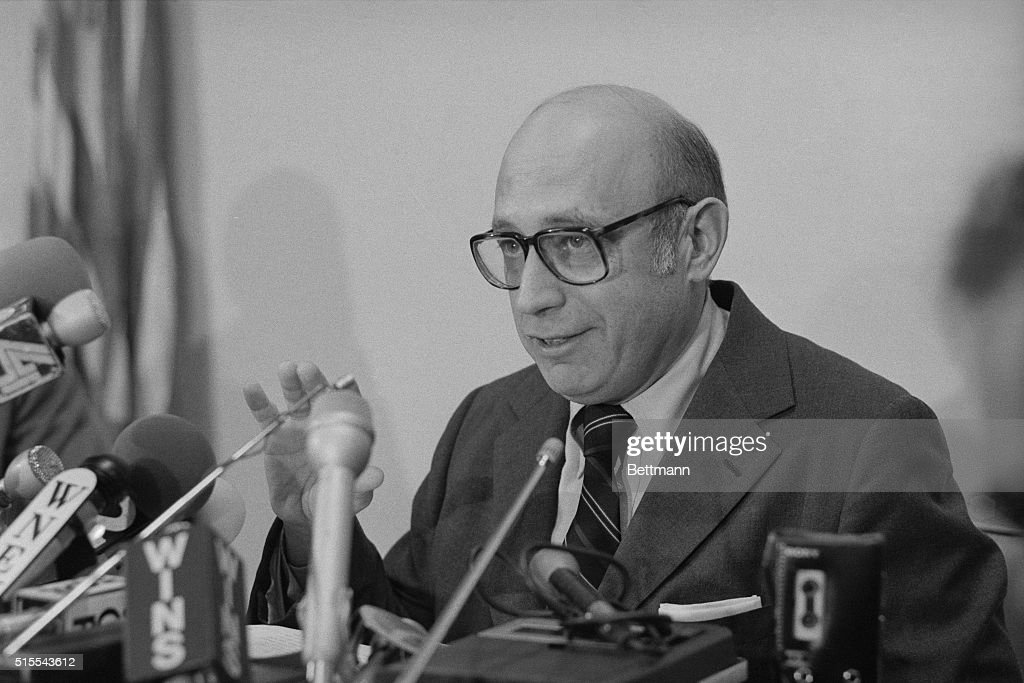 Dr Elliot M Gross Chief Medical Examiner Of New York City Speaks News Photo Getty Images