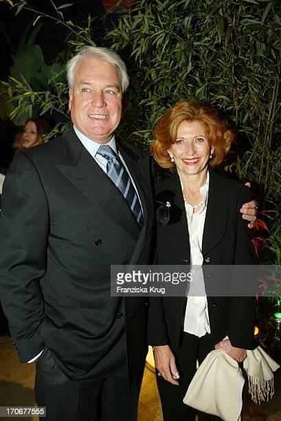 Dr Frank Wössner Und Ehefrau Anna Beim Bmg Medientreff In München