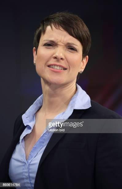 Dr Frauke Petry in der ZDFTalkshow maybrit illner spezial am in Berlin Wahlen im Land Quittung für Berlin
