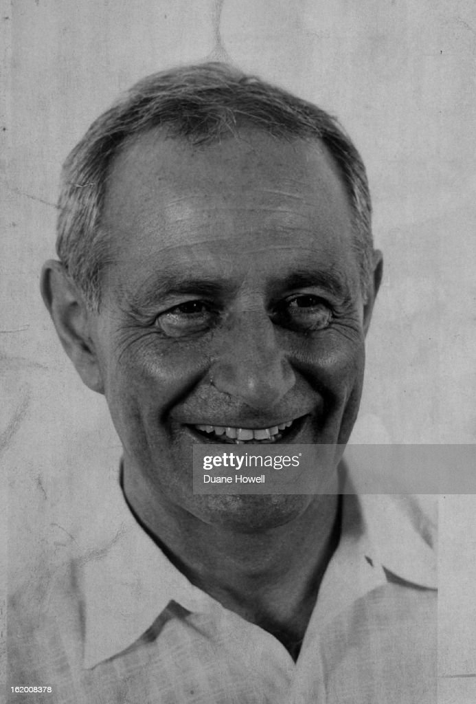 JUN 15 1976, JUN 18 1976; Dr. Frederick A. Leboyer of Paris; : Foto jornalística