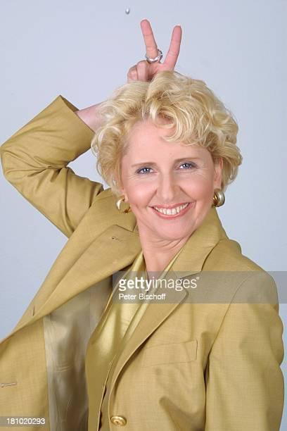 """Dr. Gabriele Metzger, Porträt, Schauspielerin, geb.: 09. Oktober 1959, Sternzeichen: Waage, neben der ARD-Serie """"Verbotene Liebe"""", Hamburg, ,..."""