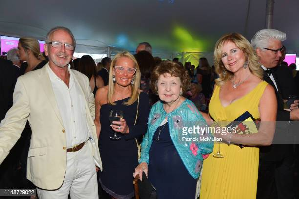 Dr Harvey Manes Jeryl Sletteland Constance McMullan and Merrill Dee attend Nassau County Museum Of Art 2019 Museum Ball at Nassau County Museum of...