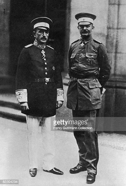 Dr Heinrich Albert Schnee with Oberstleutnant Paul von LettowVorbeck in Berlin 1919 The pair were responsible for the political and military...