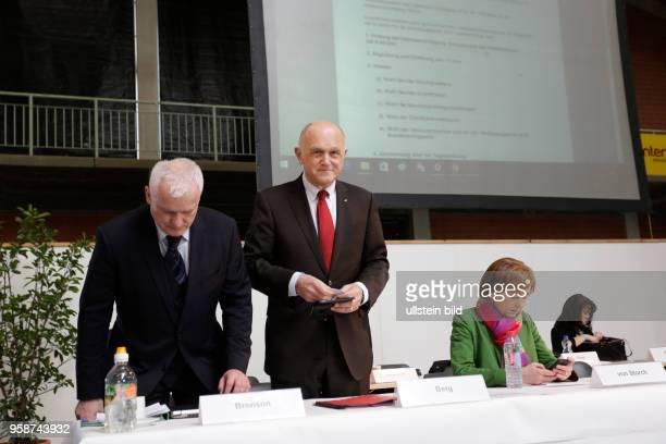 Dr Hugh Bronson MdA Dr HansJoachim Berg Beatrix Amelie Ehrengard Eilika von Storch geborene Herzogin von Oldenburg stellvertretende Bundesvorsitzende...