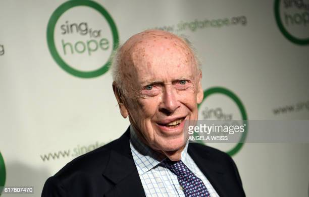 Dr James Watson attends the Sing For Hope 10th Anniversary Gala on October 24 2016 in New York City / AFP / ANGELA WEISS