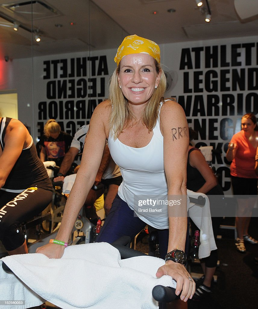 Dr. Jen Ashton attends American Cancer Society & Young Friends Of The DreamBall SoulCycle Charity Ride at SoulCycle 1470 Third Ave on September 22, 2012 in New York City.