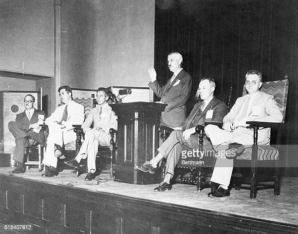Dr John Dewey of Columbia University calls for a liberal third party during the annual convention of the League for Independent Political Action in...