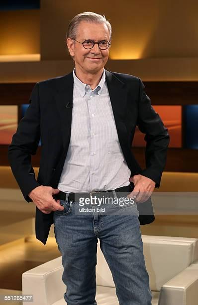 """Dr. Jürgen Todenhöfer in der ARD-Talkshow """"ANNE WILL"""" am in Berlin Thema der Sendung: Blutiger Nahost-Konflikt - Wer wird für die Eskalation..."""