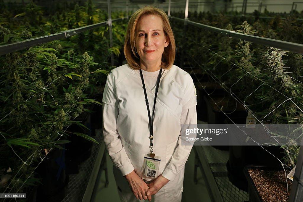 Dr Karen Munkacy Founder President And Ceo Of Garden Remedies