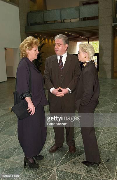 Dr. Katarina Eisenlohr , Peter Millowitsch, Ehefrau Barbie Steinhaus-Millowitsch, Kölner Rathaus, Standesamt, Köln, Heirat, vor der Trauung,