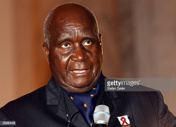 Dr Kenneth D Kaunda founding president of Zambia speaks on Capitol Hill June 4 2003 in Washington DC Home Box Office celebrated the release of...