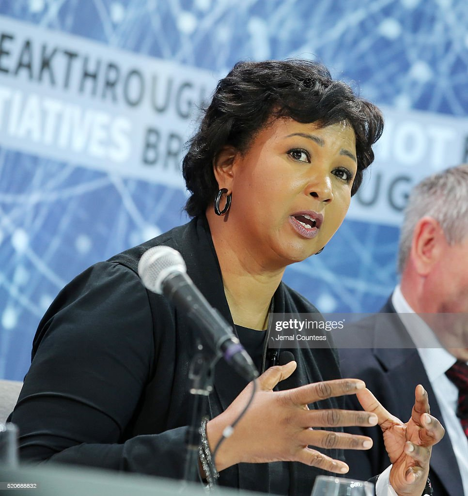 new space exploration initiative dr mae jemison speaks during the new space exploration initiative breakthrough starshot announcement
