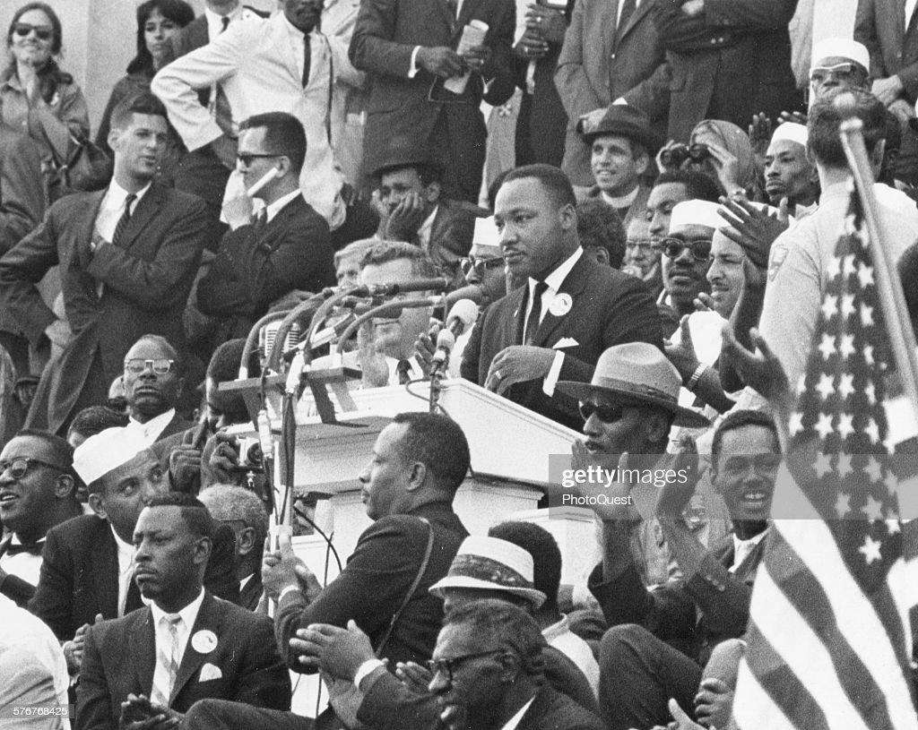 MLK Addresses The Crowd At March On Washington : News Photo