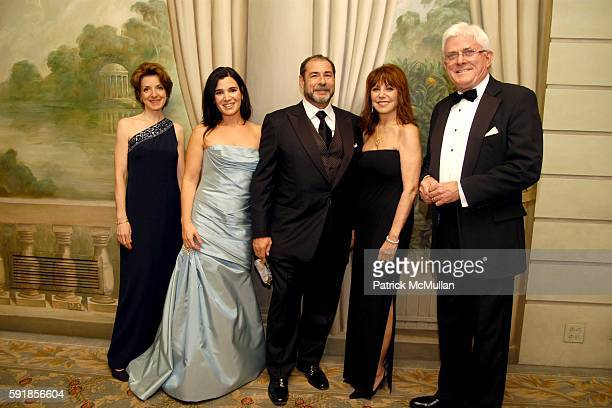Dr Mary Pulido Amanda Friedman Neil Friedman Marlo Thomas and Phil Donahue attend The New York Society for the Prevention of Cruelty to Children...