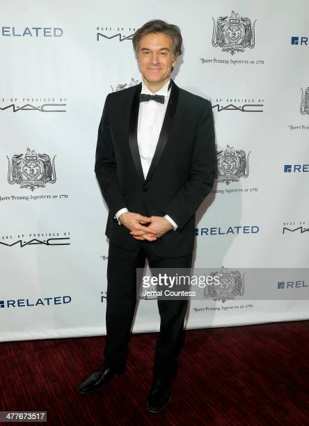 Dr Mehmet Oz attends the Hasty Pudding Institute of 1770 Honors David Heyman at the Order of the Golden Sphinx Gala at the Appel Room at Jazz at...