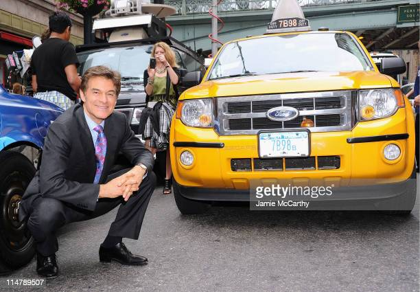 Dr Mehmet Oz promotes the The Dr Oz Show new time slot at Grand Central Terminal on May 26 2011 in New York City