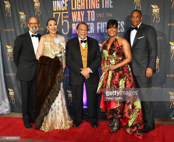 Dr Michael Lomax Carolyn Young Andrew Young Atlanta Mayor Keisha Lance Bottoms and Derek W Bottoms attend 36th Annual Atlanta UNCF Mayor's Masked...