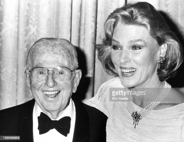 Dr Norman Vincent Peale and actress Mariette Hartley attend 90th Birthday Party for Norman Vincent Peale on May 26 1988 at the Waldorf Hotel in New...