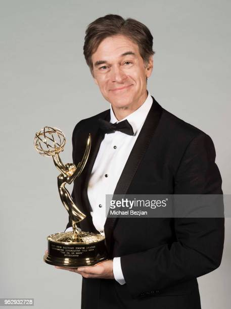 Dr Oz poses for portrait at 45th Daytime Emmy Awards Portraits by The Artists Project Sponsored by the Visual Snow Initiative on April 29 2018 in Los...