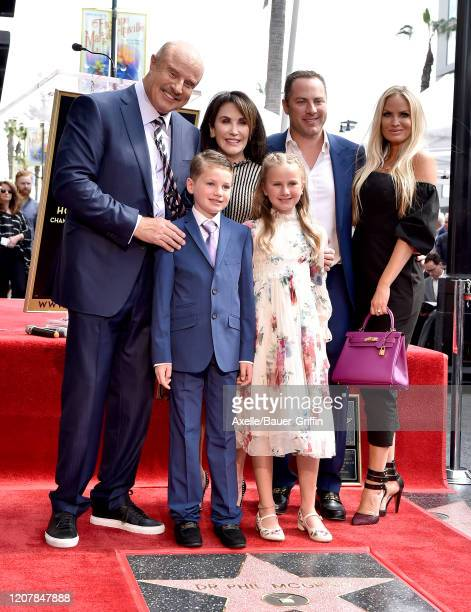 Dr Phil McGraw Robin McGraw Jay McGraw Erica Dahm Avery Elizabeth McGraw and London Philip McGraw attend the ceremony honoring Dr Phil McGraw with a...