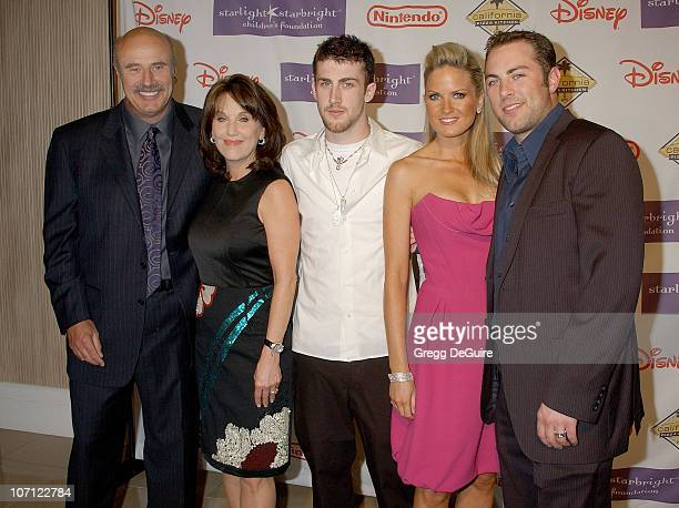Dr Phil McGraw Robin McGraw Jordan McGraw Erica Dahm and Jay McGraw