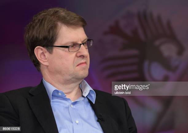 Dr Ralf Stegner in der ZDFTalkshow maybrit illner am in Berlin Integration oder Spaltung Was kostet uns der soziale Frieden