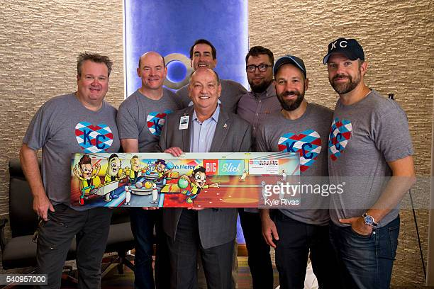 Dr Randall O'Donnell President and Chief Executive Officer of Children's Mercy Hospital presents an mural made in honor of Eric Stonestreet David...