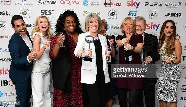 Dr Ranj Singh Georgia Toffolo Chris Steele Ruth Langsford Alison Hammond Alice Beer with the Daytime Programme Award for This Morning during the 2018...
