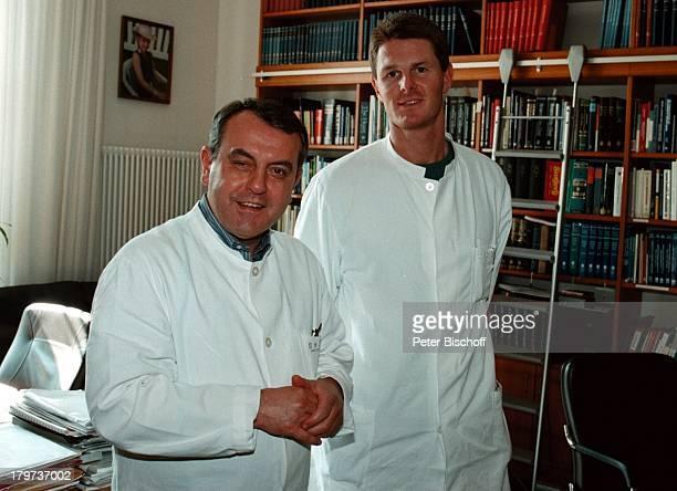 Dr Robert Pfitzmann und Prof Dr RolandHetzer Direktor des Berliner Herzzentrums1997