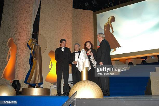 Dr Roger Willemsen Name auf Wunsch Margot Hielscher Ulrich Scheele 'Deutscher Videopreis 2003' 'Diva' München Deutsches Theater PreisträgerPNr 135/03
