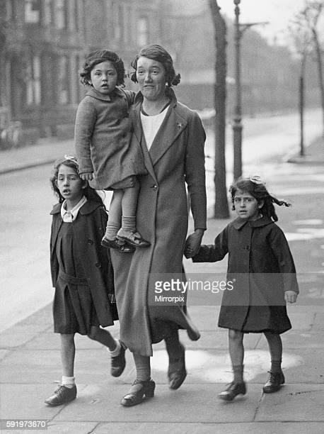 Dr Ruxton Murder Case Buck Roxton's children during the trial 1935
